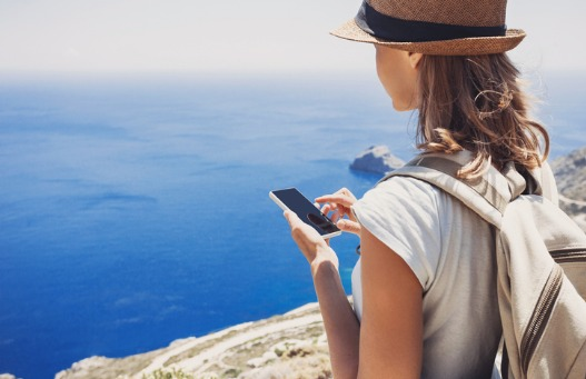 e-Saver-woman-phone